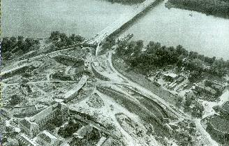 Teddy Roosevelt Bridge being built.